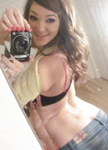Holly Michaels physical appearance and measurement